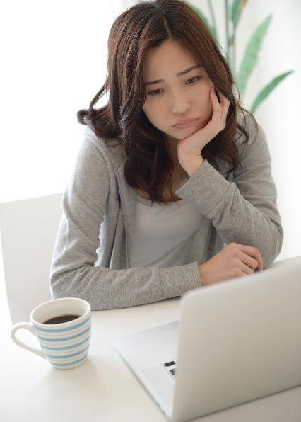 ノートパソコンは首への負担が大きい。