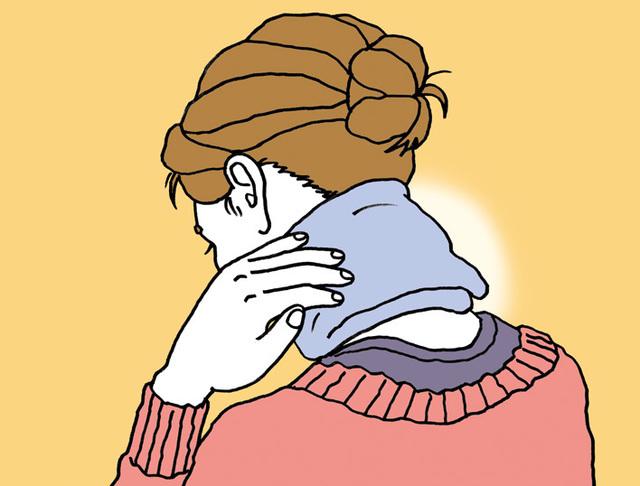 ホットタオルで首を温める。