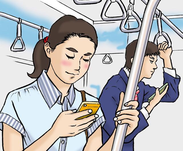電車内でスマホは使わないように 車内スマホはよく見る光景ですが、目に悪い。
